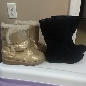 Bundle of size 8 boots